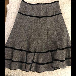 Gray wool cotton blend skirt w black ribbon trim